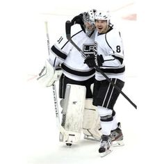 #LAKings rookie goaltender Martin Jones made his #NHL debut on Tuesday night, earning a 3-2 shootout win over the Anaheim Ducks. 12/3/13