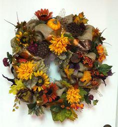 744...Burlap Fall Floral & More Wreath ..00921