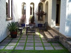 Small Courtyard Fountain Bench Pavers Succulent Entryways Steps and Court Spanish Courtyard, Front Courtyard, Courtyard House, Courtyard Ideas, Courtyard Design, Courtyard Gardens, Patio Ideas, Backyard Ideas, Garden Ideas