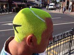 corte de pelo curioso - Tenis