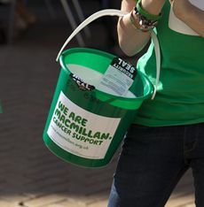 Cancer charity donation - Make a donation now - Macmillan Cancer Support