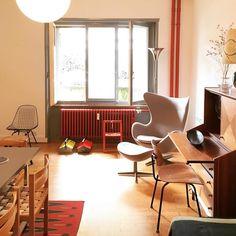#Designbutik #stillopen #jacobsen #egg #chair #egoneiermann #swedish #rug #italian #dresser #eames #wirechair