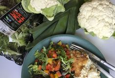 Kermainen kukkakaalilaatikko Cauliflower Recipes, Meat, Chicken, Vegetables, Food, Califlower Recipes, Essen, Vegetable Recipes, Meals