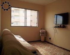 APTO JD. BELA VISTA R$ 300.000,00 Apto de 02 dorms c/ armários, sala 2 ambientes, cozinha c/ armários, fogão e microondas, wc c/ box, lavanderia e garagem coberta. Ok. p/ financiamento.