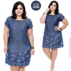 8786fa41c109a Vestido Plus Size Gilma. Vestido jeans confeccionado em algodão