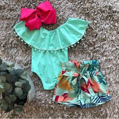 Ideas Baby Girl Newborn Pictures Floral For 2019 Cute Baby Girl Outfits, Cute Summer Outfits, Toddler Outfits, Baby Girl Fashion, Kids Fashion, Cool Baby Clothes, Baby Girl Pants, Baby Girl Newborn, Newborn Pictures