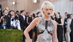 Taylor Swift Moves On From Tom Hiddleston: Are Swift And Calvin Harris Dating Again? Taylor Swift Singing, Taylor Swift Fan, Taylor Swift Pictures, Zoe Mclellan, Nina Dobrev, For Non Blondes, Jessie, Kylie, Swift Photo