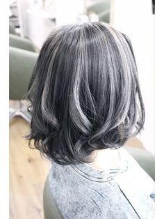 Asian Hair Going Grey, Hair Inspo, Hair Inspiration, Short Hair Cuts For Round Faces, Gray Hair Highlights, Bob Hair Color, Grey White Hair, Transition To Gray Hair, Bob Hairstyles For Fine Hair