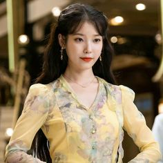 Really IU's looks in 'Hotel Del Luna' is super amazing, probably the most beautiful and gorgeous~ 💕☺ . Iu Fashion, Korean Fashion, Iu Twitter, Mode Kawaii, Female Actresses, Chiffon Dress, Korean Girl, Suho, Most Beautiful