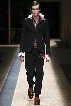 Prada Fall 2016 Menswear Fashion Show