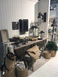 Showroom - Chic Antique