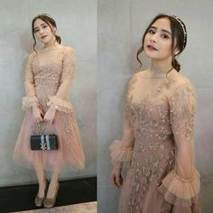 Prilly in perfect for kondangan outfit Sted by Kebaya Lace, Kebaya Dress, Unique Dresses, Cute Dresses, Beautiful Dresses, Bridal Dresses, Prom Dresses, Dress Outfits, Fashion Dresses