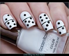 Domino Manicure :) Little things that make me happy: Matching Manicures Sunday - Domino Manicure