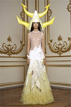 Givenchy PE 2011 Haute Couture