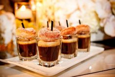 Espresso shot + mini donut > as espresso mousse? spoon can stand through donut hole as pictured Mini Donuts, Mini Pancakes, Coffee And Donuts, Doughnuts, Wedding Donuts, Wedding Desserts, Wedding Snacks, Wedding Foods, Mini Desserts