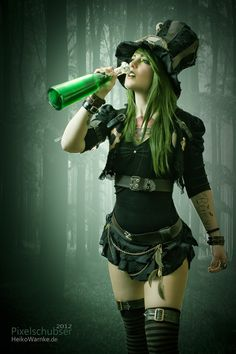 steampunktendencies:  Happy St Patrick's Day :)
