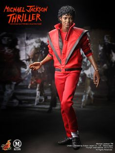 Welcome this Michael Jackson Thriiller Hot Toys into my family. Michael Jackson Doll, Jackson's Art, The Jacksons, Sideshow Collectibles, Cultura Pop, Action Figures, Nba Figures, Guys, Captain America Wallpaper