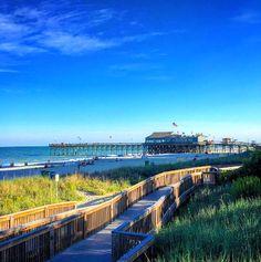 Stroll the myrtle beach boardwalk! Myrtle Beach Boardwalk, Myrtle Beach Golf, Myrtle Beach Vacation, Myrtle Beach South Carolina, Beach Trip, Vacation Spots, Videos Instagram, Photo Instagram, Myrtle Beach Attractions