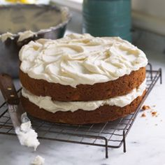 Add some moistness (and a LOT of delicious) to your carrot cake with a little hellmann's mayonnaise!