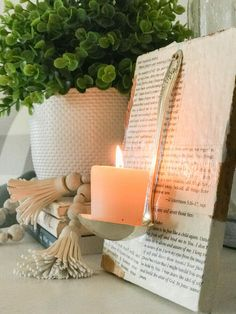 3 Farmhouse Style Book Page Decor Ideas