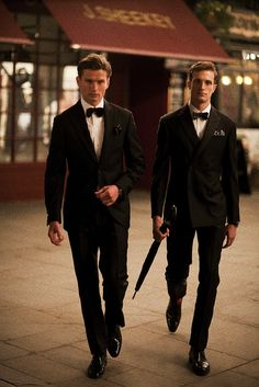 Prestige: Gentlemen under tuxedos give people a feeling of high class. And they also use this way to improve their prestige.