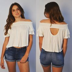 Don't you just NEED this Free People top right now  Shop #brothersontheblvd #shoponline #festivalfashion