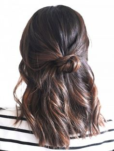 3-Minute Hairstyles for When You're Running Late