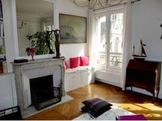 Beautiful appartment in the center of Paris Holiday Rental in .2nd Bourse from @HomeAwayUK #holiday #rental #travel #homeaway