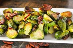 Sprouts Salad, Brussel Sprout Salad, Brussels Sprouts, Vegan Vegetarian, Vegetarian Recipes, Healthy Recipes, Healthy Snacks, Healthy Eating, Salad Ingredients