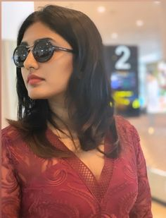 Actress Eesha Rebba Latest Closeup Still - Social News XYZ Actress Latest Closeup Still Beautiful Bollywood Actress, Beautiful Indian Actress, Beautiful Actresses, Hollywood Top Actress, Hollywood Actress Wallpaper, Kajal Agarwal Saree, Hollywood Pictures, The Perfect Girl, Cute Girl Pic
