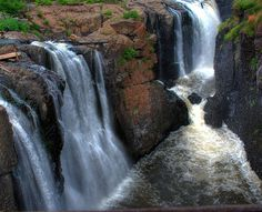 Great Falls, a 77-ft. tall series of waterfalls of the Passaic River  Photo: Francisco Diez