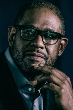 Happy Birthday Forest Whitaker Né le 25 juillet 1961 ans) à Longview Texas USA Art Images To Draw, Hollywood Actor, Hollywood Stars, Story Inspiration, Character Inspiration, Forest Whitaker, Celebrity Photography, Black Actors, Handsome Black Men