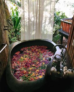 20 Modern Bohemian Bathroom Decor Ideas ⋆ All About Home Decor Spiritual Bath, Bohemian Bathroom, Eclectic Bathroom, Dream Bath, Tadelakt, Relaxing Bath, Home Spa, House Goals, Design Case