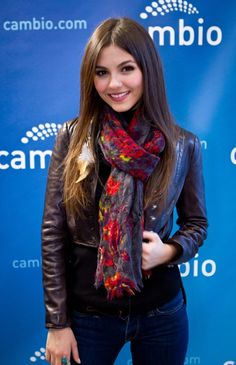 "Victoria Justice is the main star of the show ""Victorious"" and other notable roles she has appeared in include Zoey 101 and others. ~ Victoria Justice visits Cambio. Photo: James Sullivan"