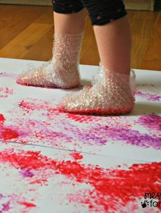 21 sensory activities for children with autism - TGIF - this grandma makes fun . Toddler Learning Activities, Art Activities For Kids, Infant Activities, Preschool Activities, Kids Learning, Art For Kids, Process Art Preschool, Nanny Activities, Nursery Activities