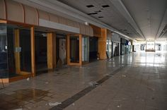 Completely Surreal Photos Of America's Abandoned Malls  Turfland Mall: Lexington, Ky.