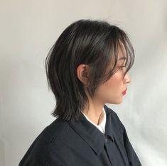 Shot Hair Styles, Curly Hair Styles, Medium Hair Styles, Asian Short Hair, Short Hair Cuts, Asian Haircut Short, Japanese Haircut Short, Short Hair Korean Style, Ulzzang Short Hair