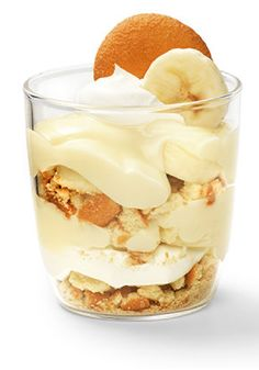 <b>Also Known As: TOR-NANA-NANA-NADO</b><br/> These easy banana pudding parfait desserts are, in fact, a cinch to assemble—but quite elegant looking, no? Parfait Desserts, Just Desserts, Delicious Desserts, Yummy Food, Tasty, Icebox Desserts, Fruit Parfait, Fruit Salad, Jello Recipes