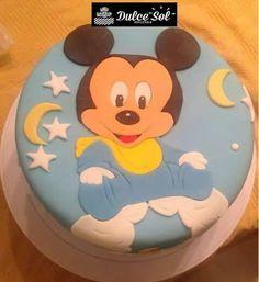 Torta de chocolate. Modelo Mickey Mouse bebé