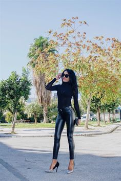 I'm so excited to be styling clothes from Chicme , an Online Shop with super fashionable clothes for women. Skinny Leather Pants, Leather Jeans, Shiny Leggings, Tight Leggings, Suit Fashion, Fashion Outfits, Womens Fashion, Suits For Women, Clothes For Women