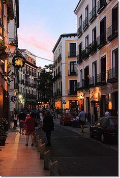 Fly me Away to #Madrid: Aproveite o fim de semana prolongado! | #FimDeSemana #FlyMeAway #LaLatina #Flicker