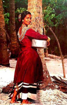 Maldivian traditional dress | Maldives