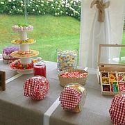 Candy Bar para Bodas en Donosti - Chuchechic - Moremi Eventos 5 Ideas Originales, Buffet, Table Decorations, Home Decor, The Originals, Decoration Home, Room Decor, Buffets, Catering Display