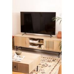 Cialu MDF TV-Schrank - SKLUM Mdf Cabinets, Madeira Natural, Tv Furniture, Black Floor Lamp, Tv Unit, Fashion Room, Furniture Collection, Home Renovation, Industrial Style