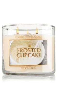 Frosted Cupcake 14.5 oz. 3-Wick Candle - Slatkin & Co. - Bath & Body Works
