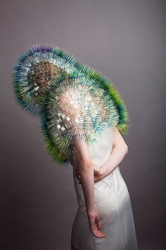 I met Maiko Takeda at the last London Fashion Week There, she allowed me access to her latest creations – the headpieces from her collection 'Atmospheric Foto Fashion, Fashion Art, Fashion Design, Crazy Fashion, Pop Design, Mask Design, Body Adornment, Fancy Hats, Sculptural Fashion