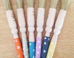 Pennello da cucina in legno di dipinto a mano. Polka Dot o triangoli Patterning. Cottura - Foodie regalo - utensili da cucina