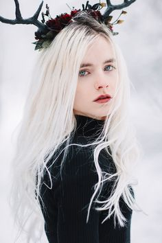 Winter magic with this beauty senka chan and her ocean blue eyes Love this black and white contrast so much Fantasy Photography, People Photography, Portrait Photography, Digital Photography, Woman Photography, Forest Photography, Inspiring Photography, Photography Courses, Winter Photography