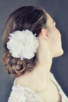 Flower clip with crystal Bridal Hair Accessories, Bride, Crystals, Flowers, Fashion, Wedding Bride, Moda, Bridal, Fashion Styles