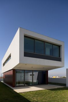 Architects: Jorge Graca Costa  Location: Oeiras, Portugal  Photographs: FG + SG-Fernando Guerra, Sergio Guerra via Arch Daily